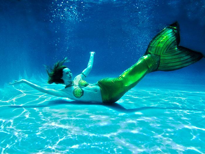 Mermaid Citrine submerged